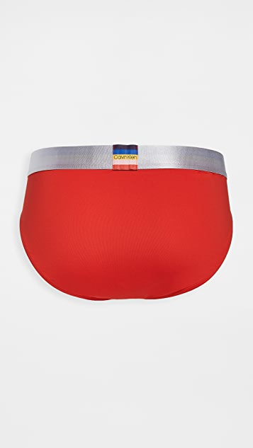 Calvin Klein Underwear Steel Pride Hip Briefs