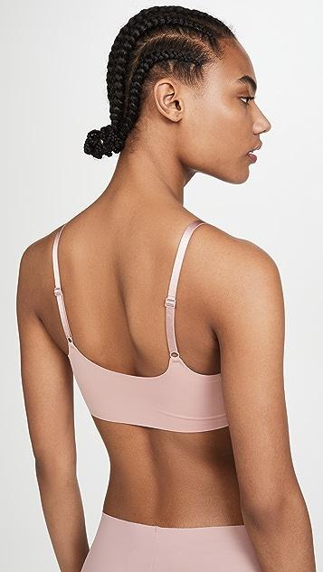Calvin Klein Underwear Invisibles Comfort Lightly Lined Bralette