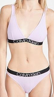 Calvin Klein Underwear Reconsidered Comfort 无衬里三角形文胸