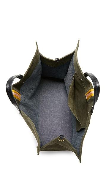 ClareV. Простая объемная сумка Supreme с короткими ручками