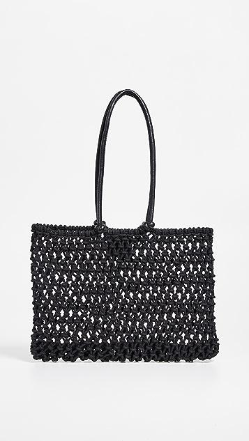 ClareV. Объемная сумка с короткими ручками Sandy