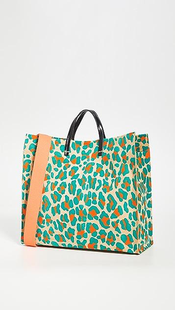 ClareV. Простая объемная сумка с короткими ручками