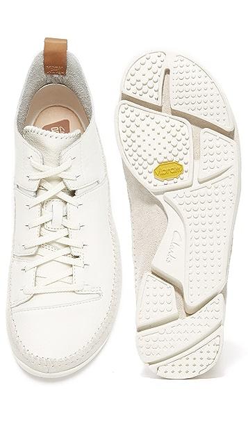 Clarks Trigenic Flex Leather Sneakers