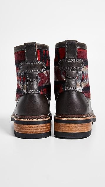 Clarks Ottawa Peak Boots