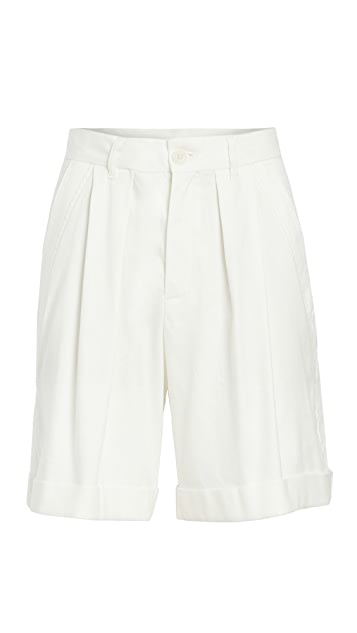 Closed Janie Shorts