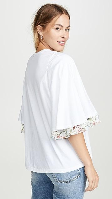 Clu 短袖花朵印花 T 恤