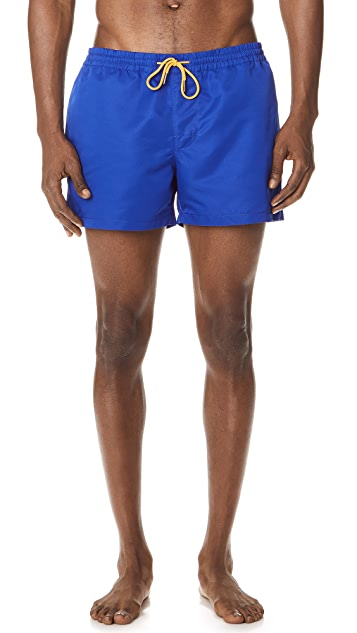 Club Monaco Arlen Solid Swim Shorts