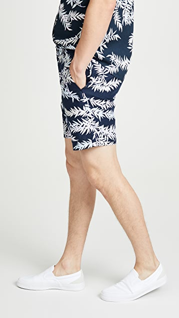 Club Monaco Baxter Bosque Leaves Print Shorts