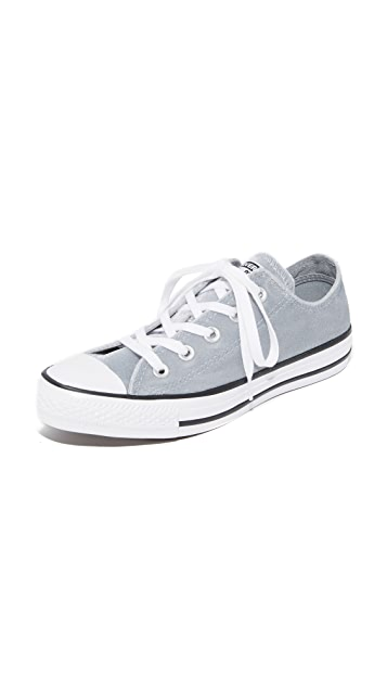 Converse Chuck Taylor All Star Velvet OX Sneakers
