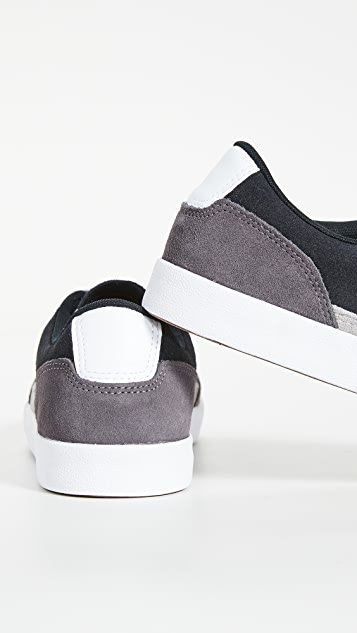 Converse Net Star Classic Suede Oxford Sneakers