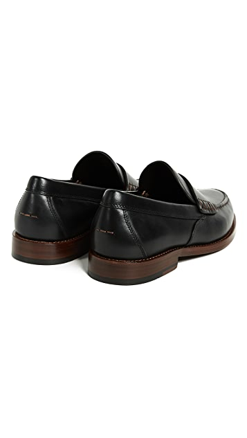 Coach New York Manhattan Leather Loafer