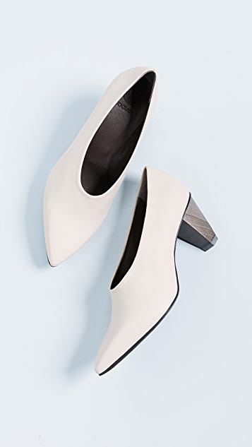 Coclico Shoes Jackii Point Toe Pumps