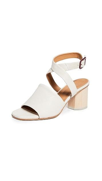 Coclico Shoes Сандалии на квадратном каблуке Billie