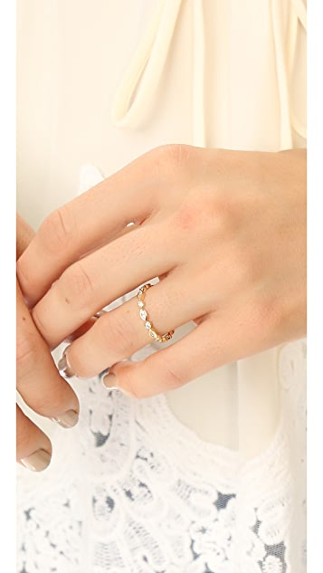 Cloverpost Stack Ring