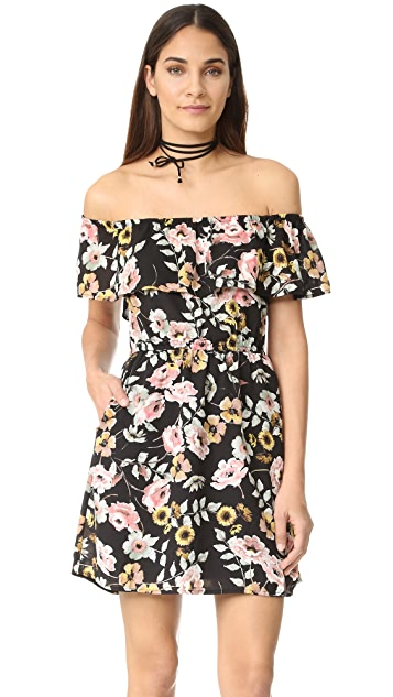 cupcakes and cashmere Trenton Everly Floral Dress