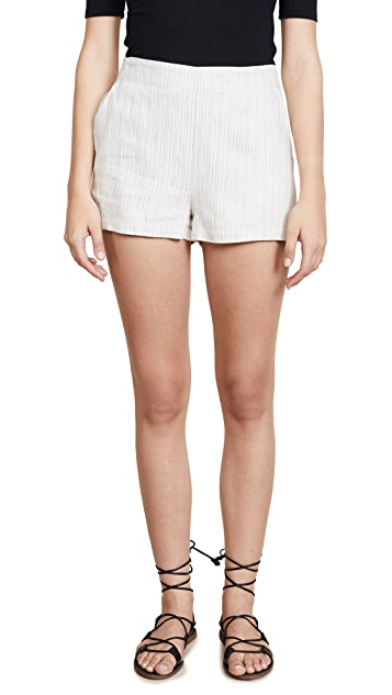 cupcakes and cashmere Alta Shorts