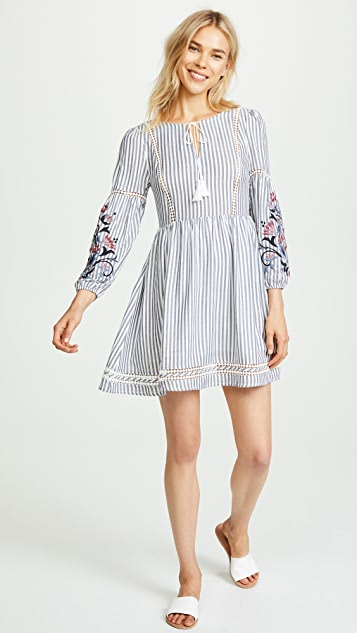 cupcakes and cashmere Macaria Peasant Shift Dress