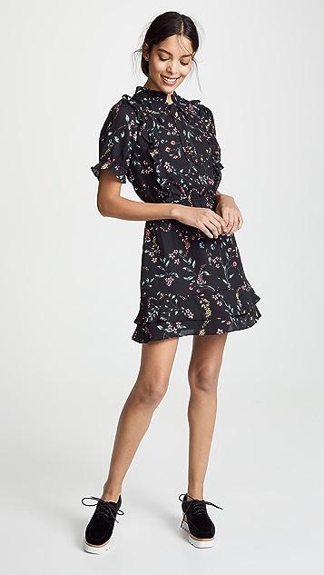 cupcakes and cashmere Karolina Floral Dress