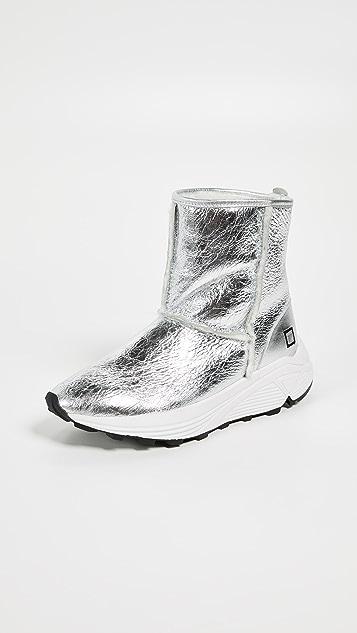 D A T E Dafne Sherpa Laminated Sneakers