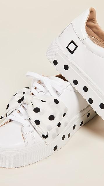 D.A.T.E. Nouvelle Pouf Pois Sneakers