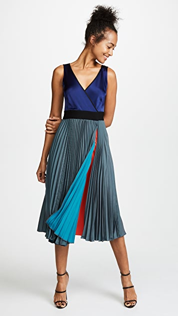 Diane von Furstenberg Sleeveless V Neck Pleated Wrap Dress