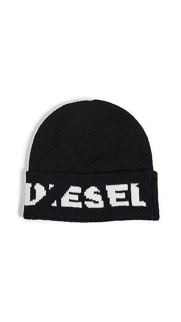 Diesel Scratch Logo Beanie