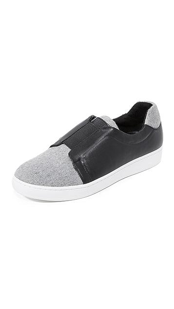 DKNY Bobbi Classic Court Sneakers
