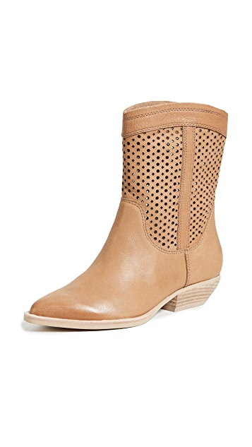 Dolce Vita Union Western Boots