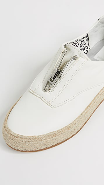 Dolce Vita Trae 平底帆布鞋