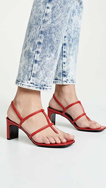 Dorateymur Сандалии на каблуках с ремешками между пальцами