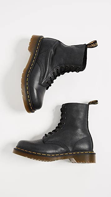 Dr. Martens Pascal 8 Eye Boots
