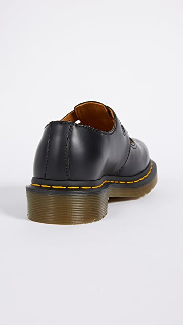 Dr. Martens 8065 Mary Janes