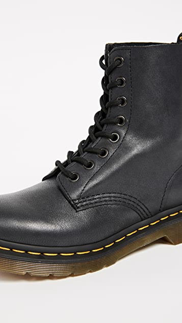 Dr. Martens 1460 Pascal 8 孔靴