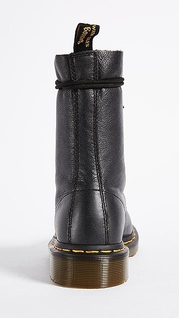 Dr. Martens 1490 10 Eye Boot