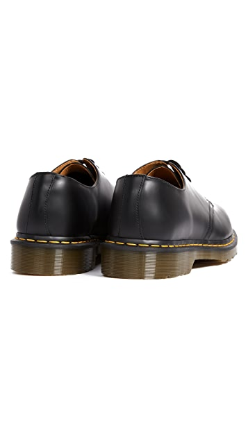 Dr. Martens 1461 3 Eye Gibson Lace Up