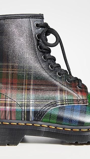 Dr. Martens 1460 Tartan 8 孔靴子