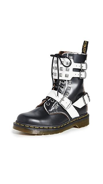 Dr. Martens Joska Stud 10 孔靴子