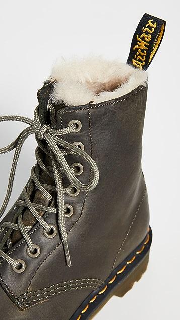 Dr. Martens 1460 Serena 8 孔靴