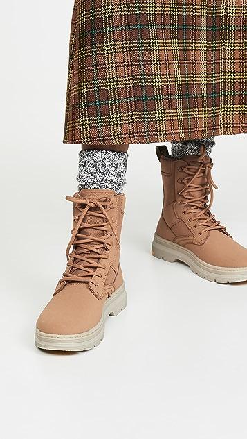 Dr. Martens Iowa 8 Tie Boots