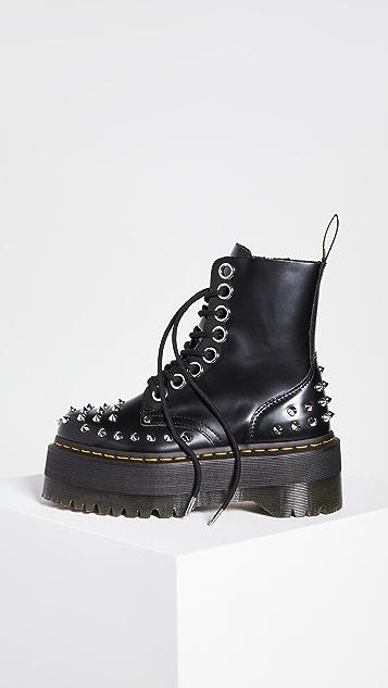 Dr. Martens Jadon Max Stud 8 孔靴子