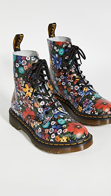 Dr. Martens 1460 Pascal 8 孔靴子