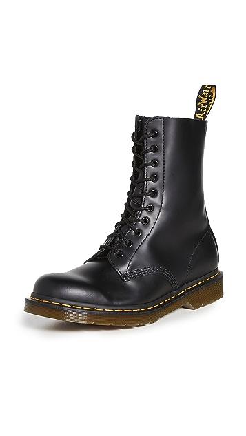 Dr. Martens 1490 10-Eye Boots