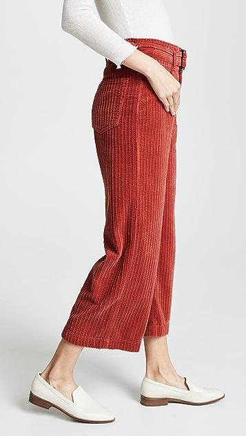 Edwin Вельветовые брюки Leti в широкий рубчик с ремнем