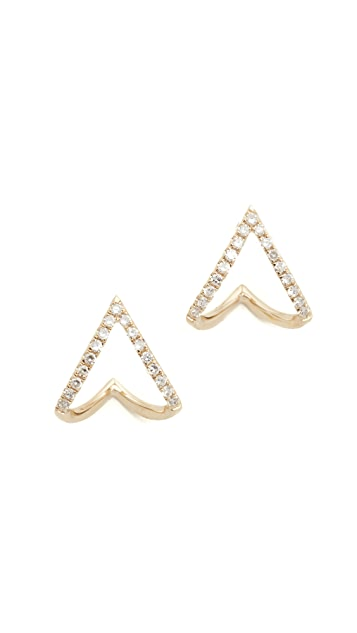EF Collection Закрученные миниатюрные серьги-гвоздики с шевронами и бриллиантами с покрытием из 14-каратного золота