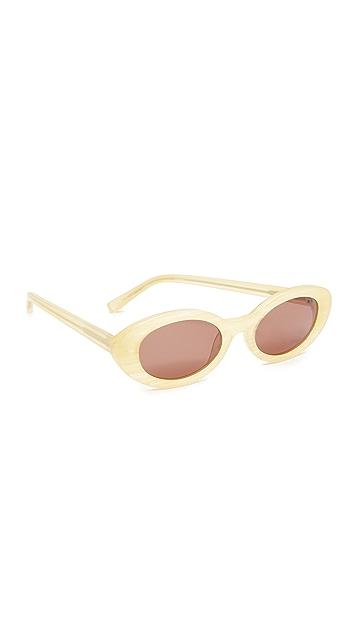 Elizabeth and James McKinley Sunglasses - Sunshine Horn/Brown Mono