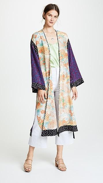 Elizabeth and James Shawna Silk Kimono