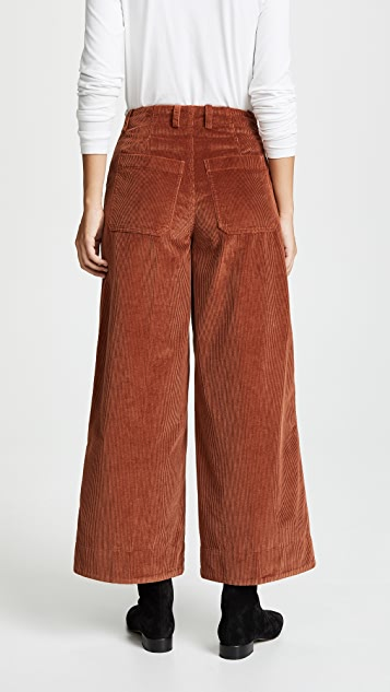 Elizabeth and James Oakley Pants