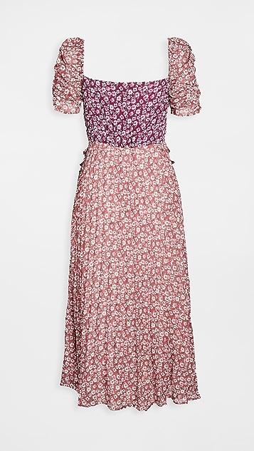 En Saison Ditsy Floral Pleated Midi Dress