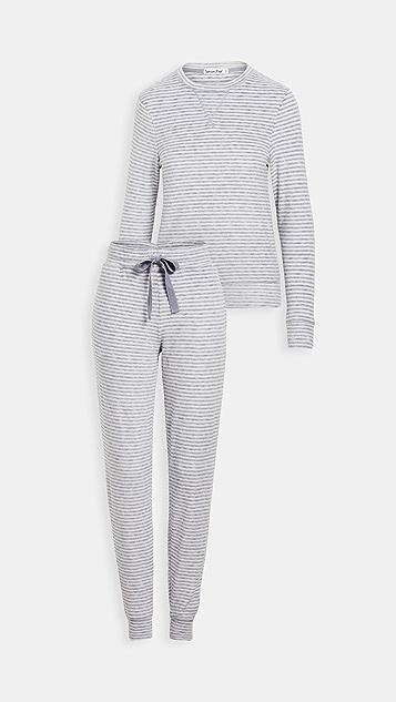 Emerson Road 毛绒华美圆领上衣和慢跑长裤睡衣套装