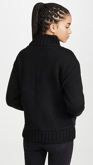 525 绗缝绒毛衬里夹克